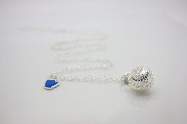 Ciondolo Chiama Angeli Bambino con zirconi blu e angelo custode blu richiamo degli angeli originale per future mamme che aspettano un bambino